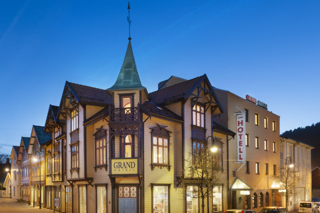 One night's stay at Grand Hotel Egersund
